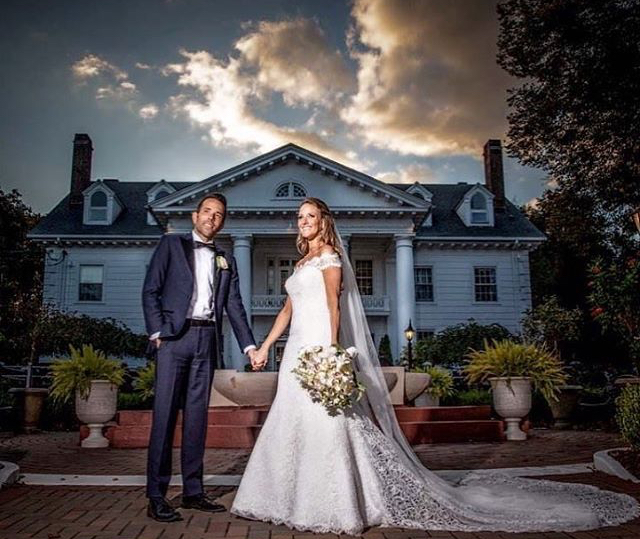 The Briarcliff Manor Mansion Weddings Estate Weddings New York Venues Westchester Venues Bridal Suite Groom Suites